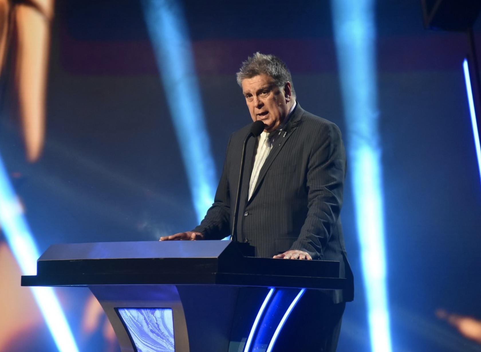 Luis Ventura, presidente de APTRA, pidió disculpas por los 17 olvidos en el segmento.